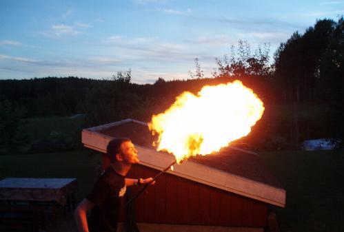 Leka med elden är farligt!